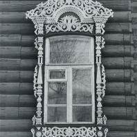 Окно 1-го этажа. Томск. Улица Шишкова, 14