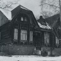 Общий вид дома. Томск. Улица Вершинина, 12