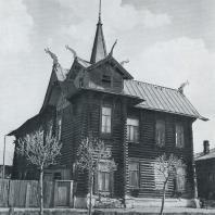 Общий вид дома. Томск. Улица Красноармейская, 68