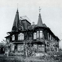 Общий вид дома. Томск. Улица Тверская, 66.