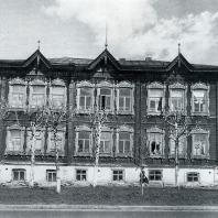 Общий вид дома. Томск. Улица Пушкина, 40