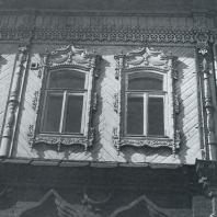 Фасад дома. Фрагмент. Томск. Переулок Сухозерный, 13