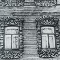 Обрамление окон. Томск. Улица Октябрьская, 44