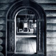 Портал церкви Иоанна Богослова на р. Ишне. Фото А. А. Александрова