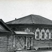 Дома в дер. Новомосковской на Ангаре. Иркутская обл. Фото Н. Н. Немнонова